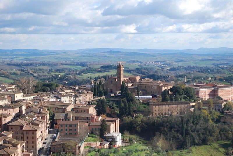 La Via Francigena passa per Siena, perla della Toscana