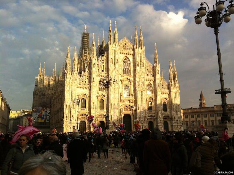 Dai monumenti ai ristoranti etnici: un tour fotogratico di Milano