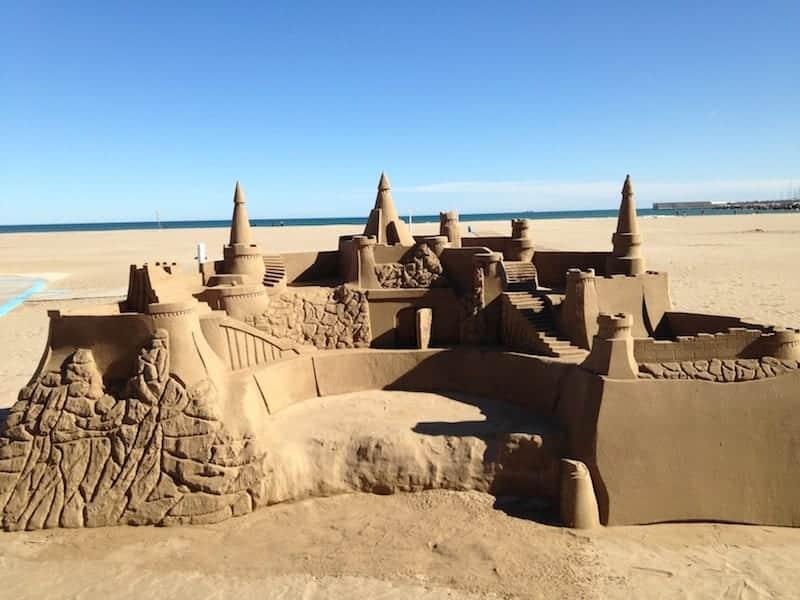 Valencia ha il fascino di una citt di mare e la bellezza - Zoomarine bagno coi delfini ...
