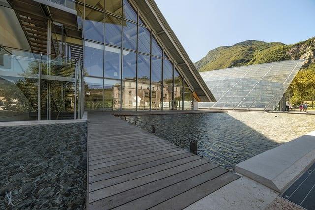 Perle di architettura il muse di trento un capolavoro di for Orari negozi trento
