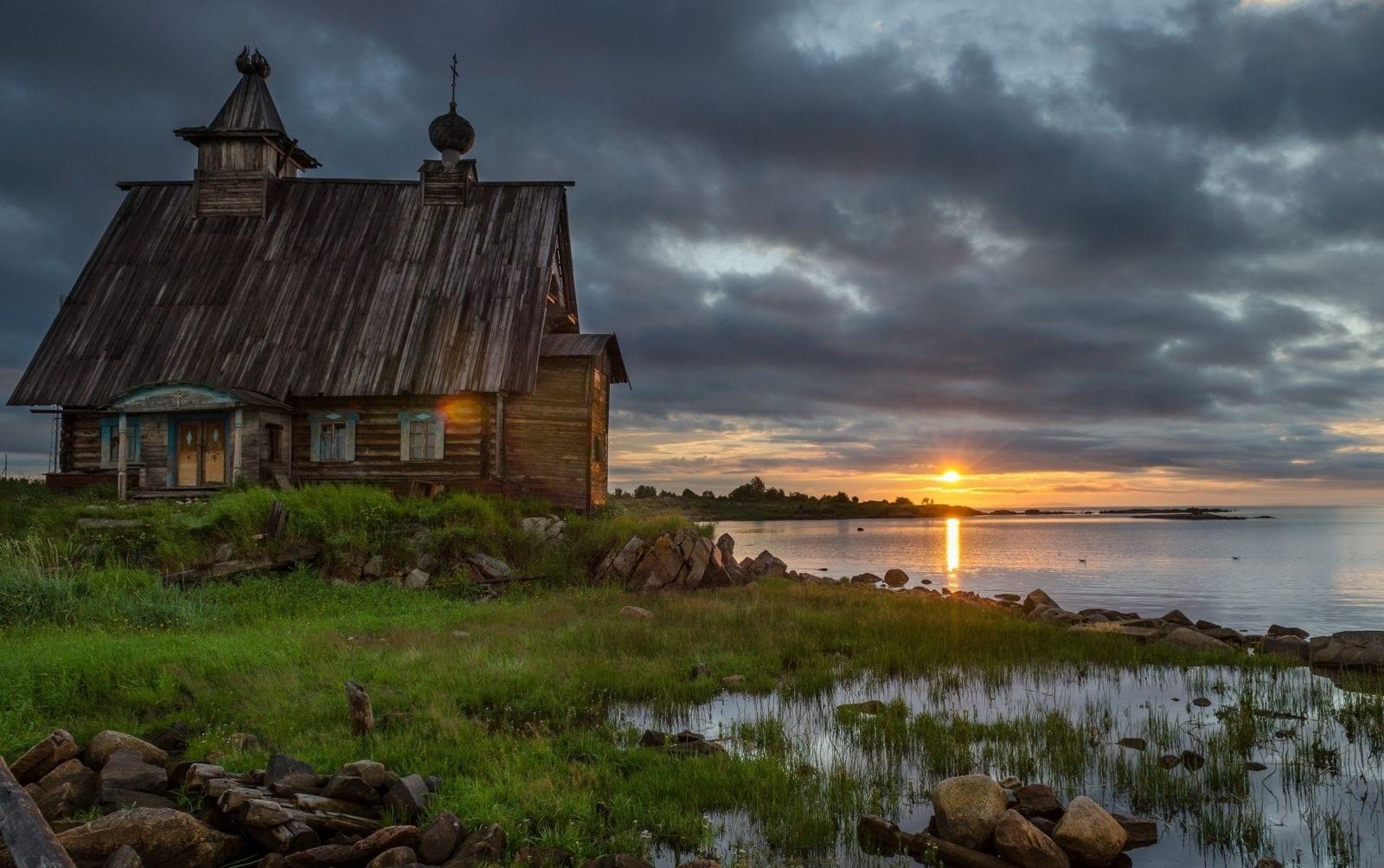 Ucraina in autunno il tour delle tipiche chiese in legno for Nuova architettura in inghilterra